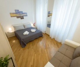 Canacci Stylish 2 Bedroom