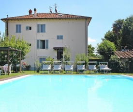 Holiday Home Aladino Lucca - ITO04137-F
