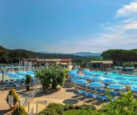 Holiday resort Baia Azzurra Castiglione della Pescaia - ITO031004-MYB