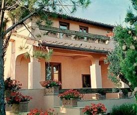 Grosseto Villa Sleeps 16 Pool Air Con WiFi