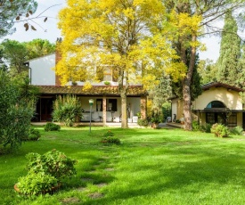 San Miniato Basso Villa Sleeps 9 Pool Air Con WiFi